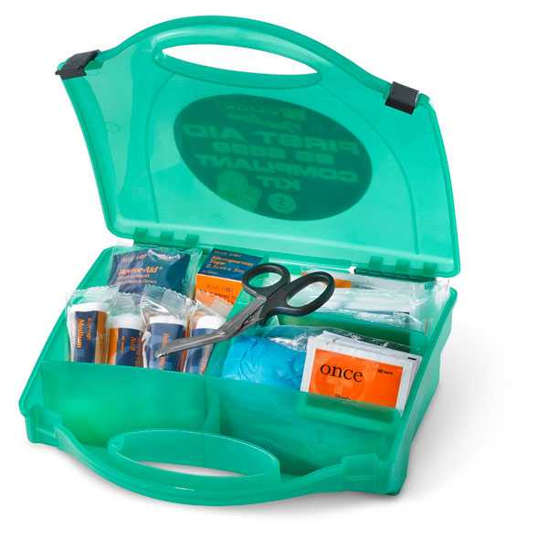First Aid Kit 10-20 Person CM0100